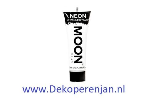 Neon UV face & body paint wit