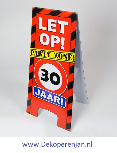 warning signs 30 Jaar