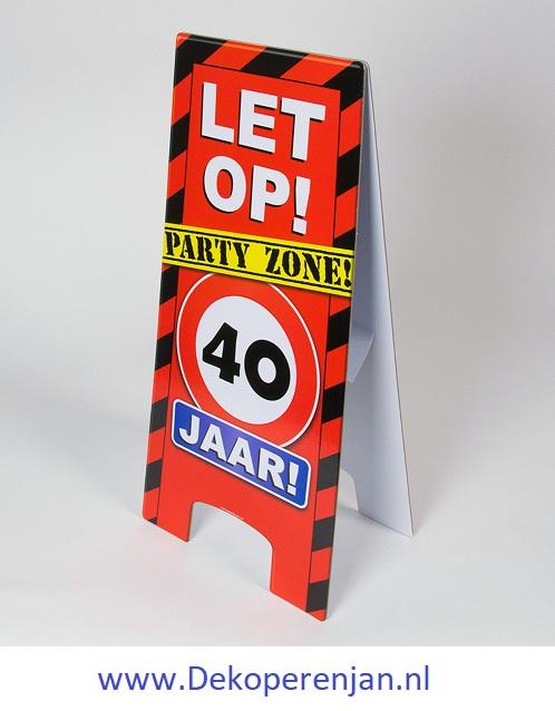 warning signs 40 Jaar