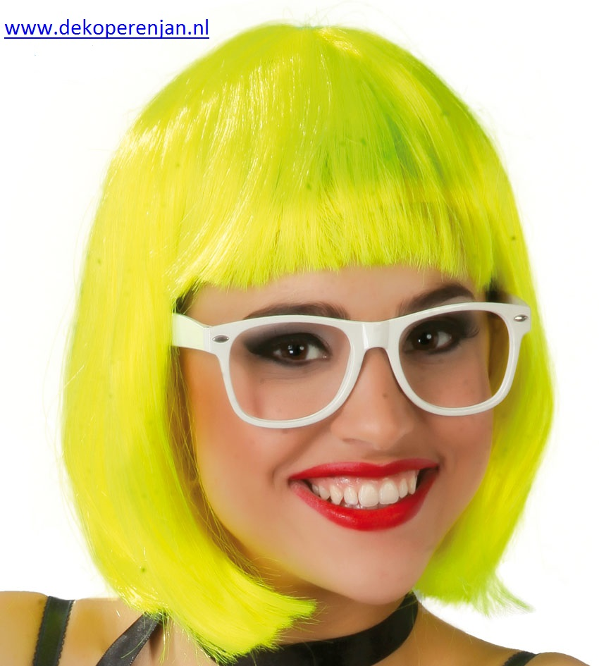 Gele half lange pruik